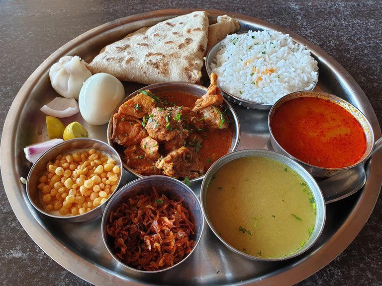 place to eat in Lonavala - food